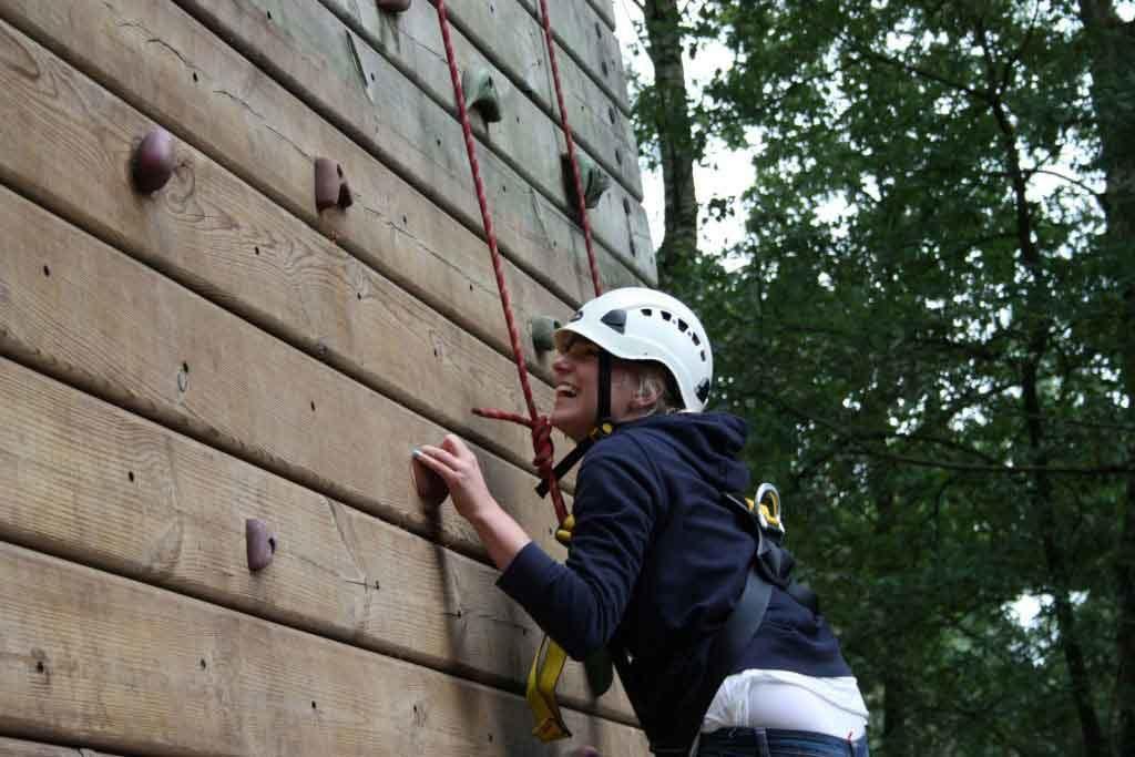 klimwand abseilen tokkelen | bedrijfsuitjes in twente 1